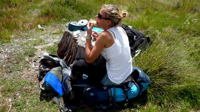 Tips for Traveling Women: How to Keep It Safe and Fun