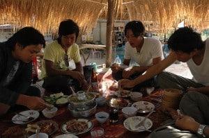 thai food culture is very social