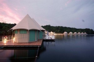 4 Rivers Floating Lodge - Cambodia