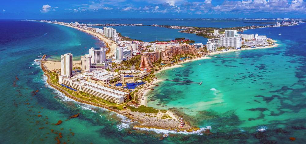 Avenida Kukulkan, Best Time to Visit Cancun