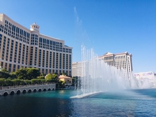 Las Vegas on the Cheap Bellagio Fountians