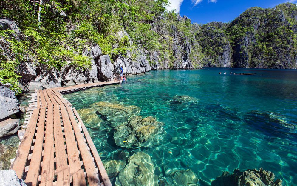 Best Places to Visit in the Philippines, where to visit in Philippines, beautiful lake Kayangan