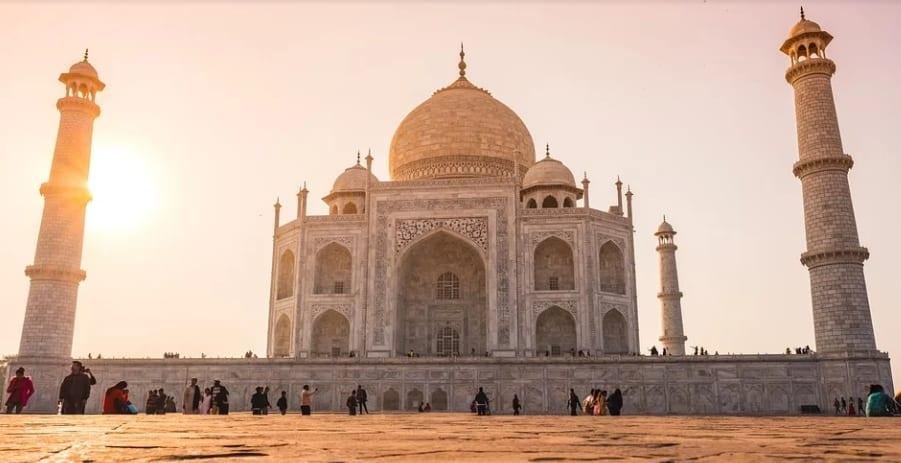 Best Time to Visit Taj Mahal in agra